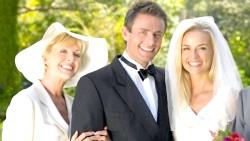 Свекруха на весіллі