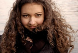 Догляд за кучерявим і кучерявим волоссям в домашніх умовах